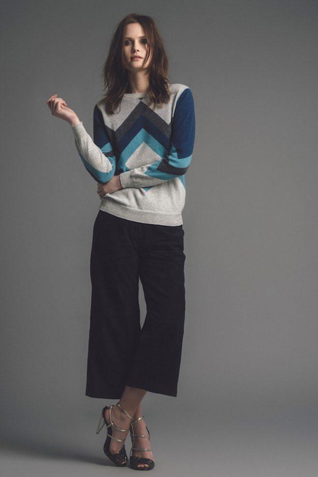 Geometric cashmere sweater hand intarsia