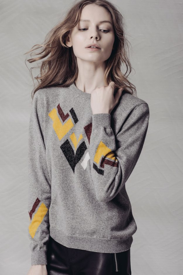 Intarsia cashmere jumper made in scotland
