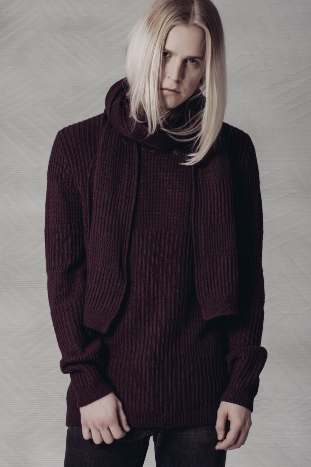 wool cashmere mens jumper with scarf
