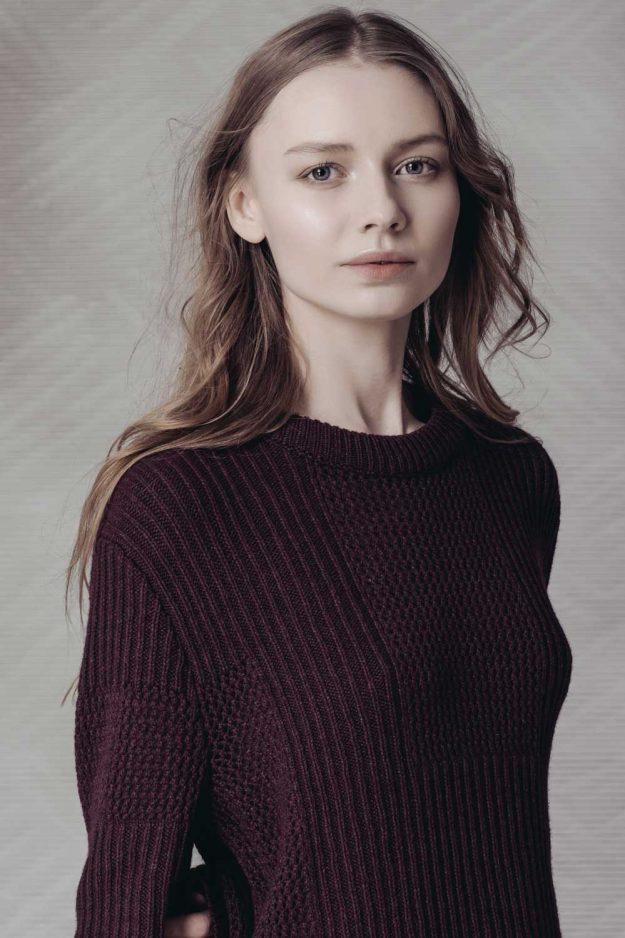 Unisex burgundy wool cashmere sweater
