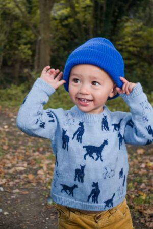 Kids merino blue jumper with blue beanie