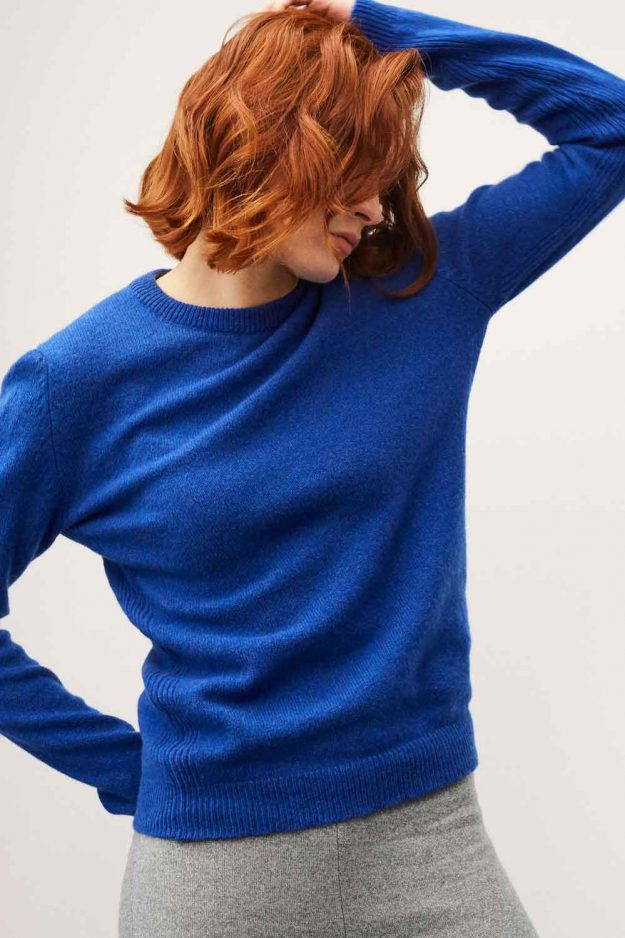 Womens cosy lambswool blue jumper
