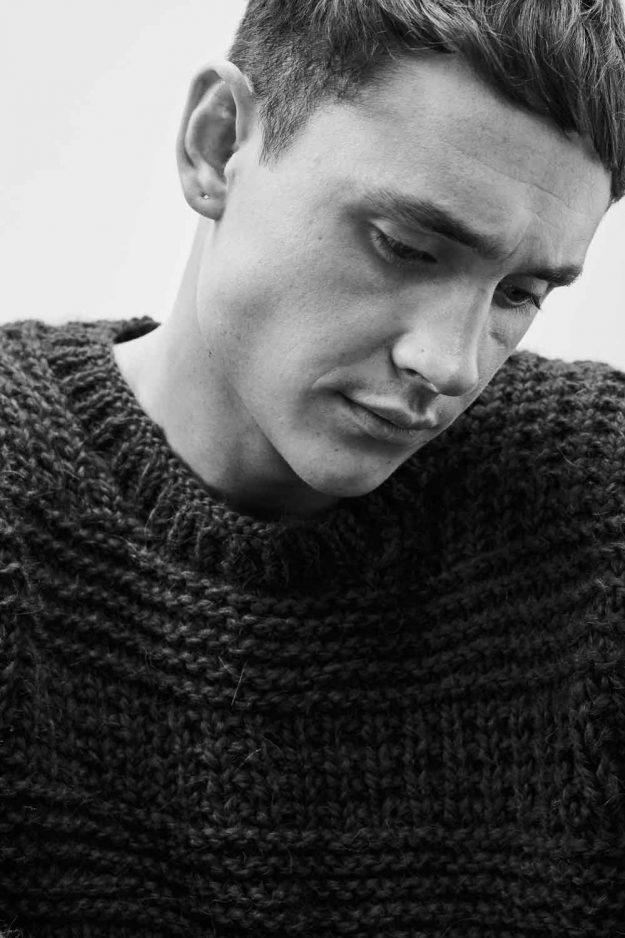 Mens Navy Chunky Hand Knit Sweater