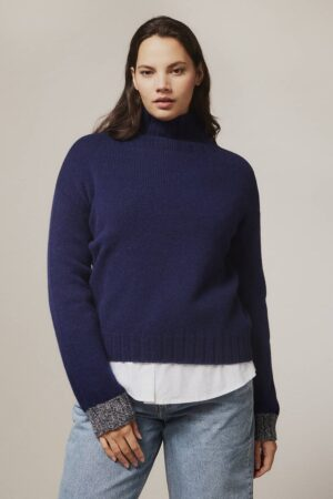 Thame Chunky Lambswool Turtleneck Sweater Navy - British Made