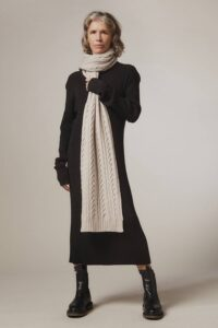 Cable Lambswool Scarf Putty - British Made