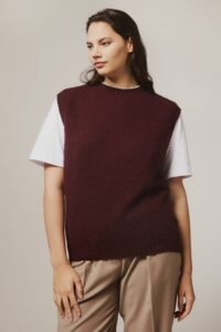 Laide Brushed Wool Knitted Vest Burgundy - British Made