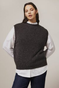 Laide Brushed Wool Knitted Vest Smoulder - British Made